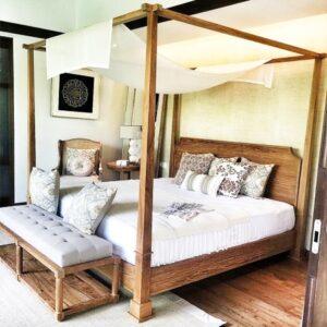 Danburite Canopy Bed