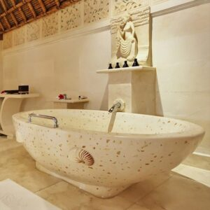 Hanoi Bathtub
